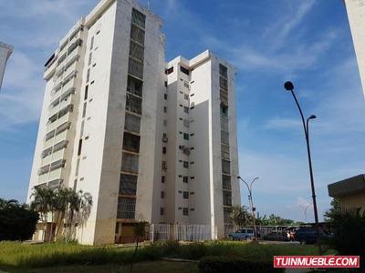 Apartamento En Venta 17-13389