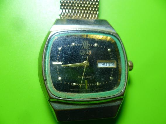 Antiguo Reloj De Pulso Automatico Marca Q & Q .