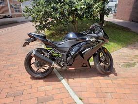 Kawasaki Ninja 250 Negra