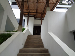 Vendo Amplia Casa Remodelada, En Km. 12.7 Ces