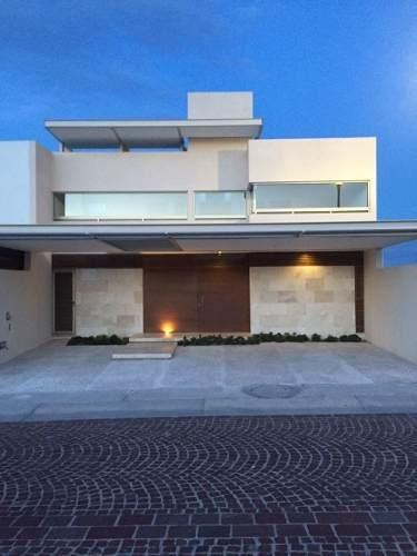 Venta Casa 3 Habitaciones En Juriquilla, Cumbres Del Lago