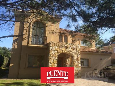 Excelente Casa En Alquiler - Nueva !