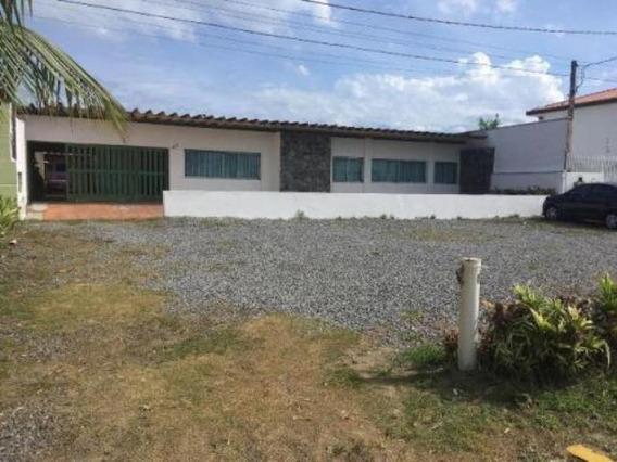 Belíssima Casa De Frente Para O Mar - Itanhaém 5040   P.c.x