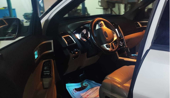 Ford Explorer 4.0 Limited V6 Sync 4x2 Mt 2014