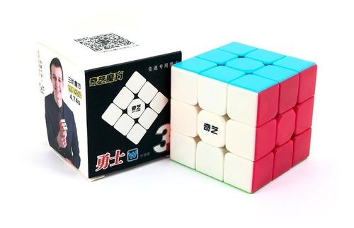 Imagen 1 de 5 de Cubo Rubik Qiyi Warrior W Stickerless Speed 3x3 Original