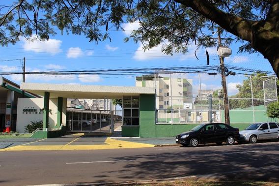 Vende Apartamento No Res. Green Park - Umuarama - 1036
