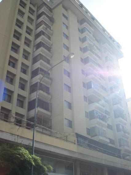Apartamento En Venta Los Palos Grandes,caracas Mls #19-11231