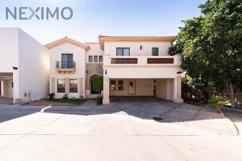 Venta De Hermosa Casa En Residencial Iii, Hermosillo
