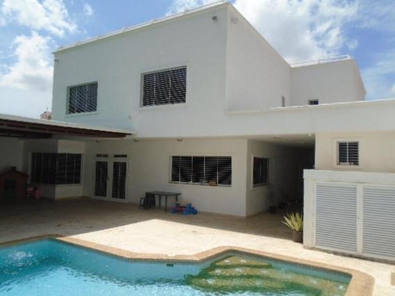 Casa En Venta La Viña Valencia Carabobo 20-9684 Prr