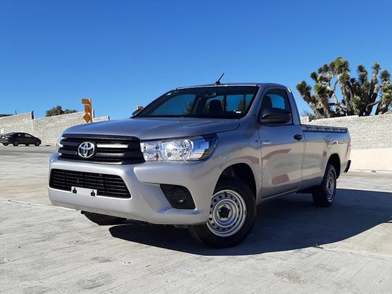 Toyota Hilux Cab Sencilla 2019 Plata