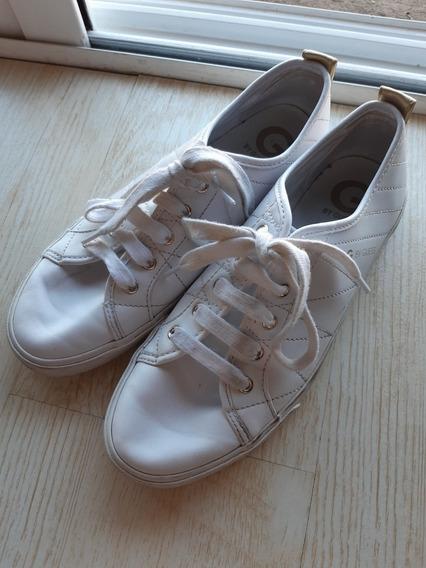 Zapatillas Guess De Cuero Blancas De Mujer Talle 38y Medio