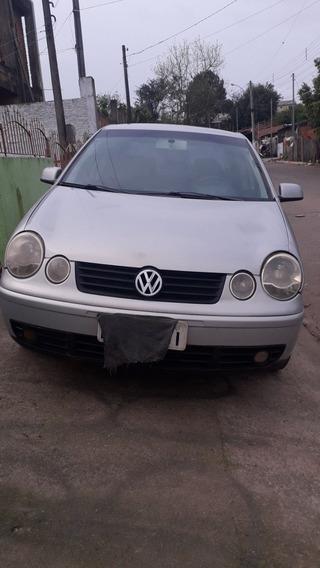 Volkswagen Polo Sedan 1.6 Total Flex 4p 2006