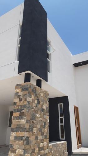 Casa Moderna Estrena En Loretta Al Norte Cerca Ebc Ags