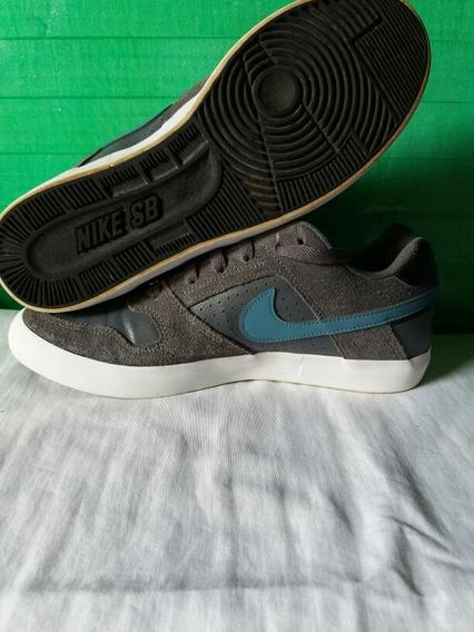 Tenis Nike Semi-novo