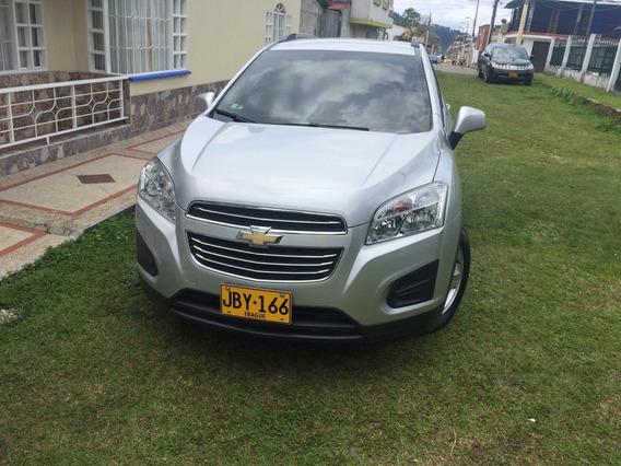 Chevrolet Tracker Ls 1.8 2017 Color Plata