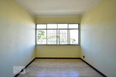 Apartamento No 4º Andar Com 2 Dormitórios - Id: 892916455 - 216455