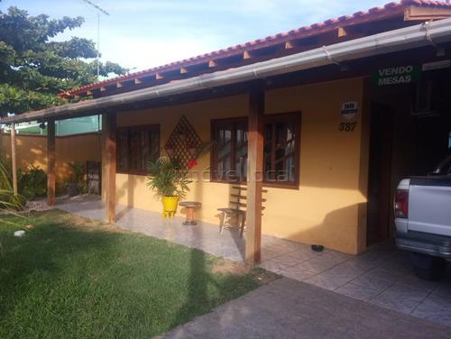 Casa Com 3 Dormitórios À Venda Com 300m² Por R$ 400.000,00 No Bairro Itajuba - Barra Velha / Sc - Ca00105
