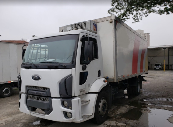 Ford Cargo 1517 Baú Frigorífico Ano 2012