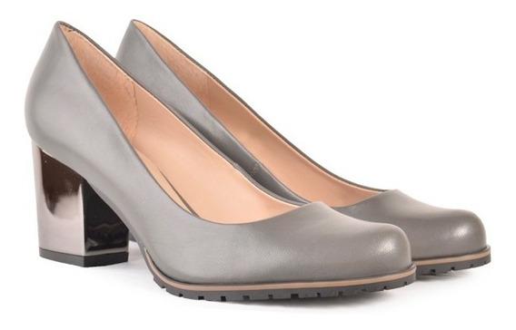 Zapatos De Mujer De Cuero Vacuno Pumita Negro - Ferraro -