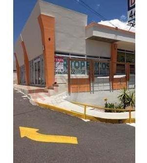 Local Comercial En Renta Dentro De Plaza Dharma