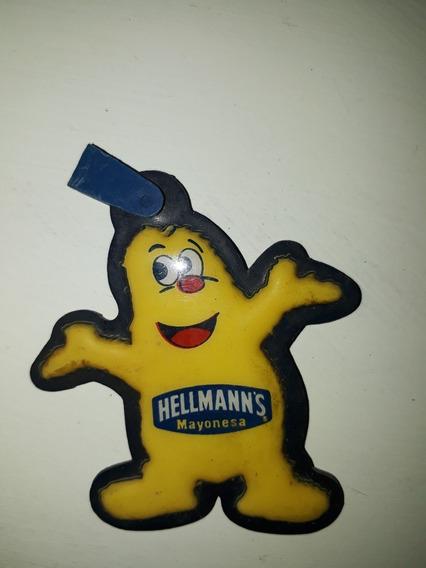 Llavero Hellmans