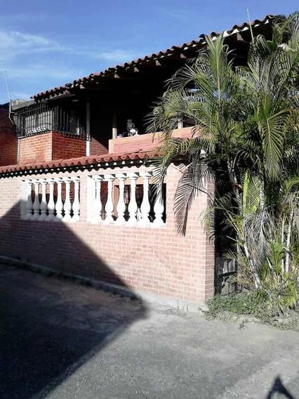 Casa En Venta En Guatire Castillejo Mucuchies Ga
