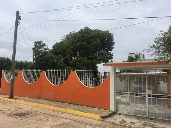 Casa En Renta, Col. Petrolera, Minatitlán.