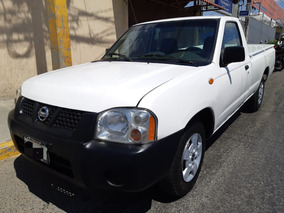 Nissan Np300 2.4 Pick-up 2010