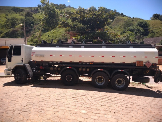 Ford Cargo 2428