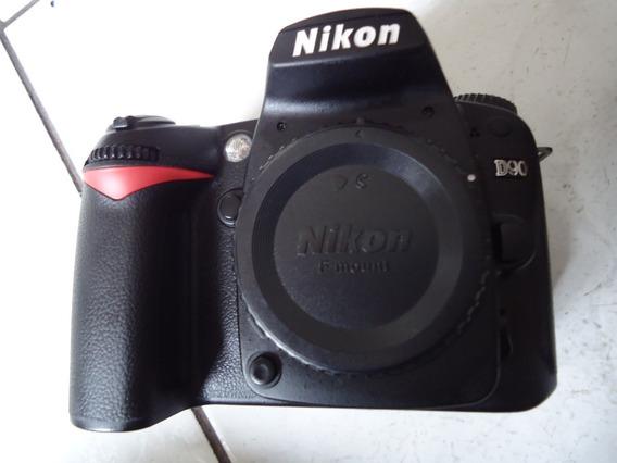 Nikon D 90 -14 Mil Cliks -corpo