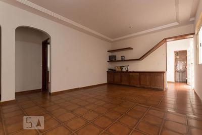 Casa Com 3 Dormitórios E 6 Garagens - Id: 892929827 - 229827