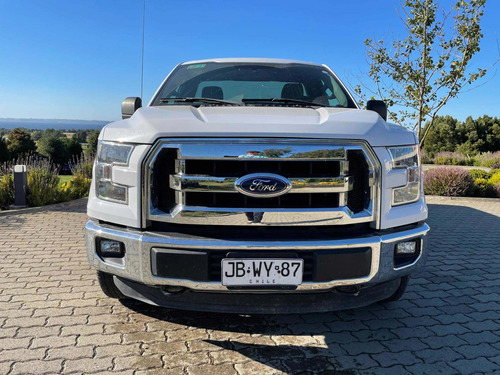 Ford F-150 Xlt 4x4 Ford F 150 Xlt 4x4 Cabina Simple 4x4