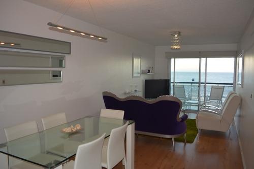 Vende Apartamento Rambla Malvín 2 Dormitorios Con Garage