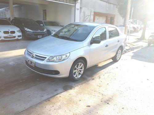 Volkswagen Voyage 1.6 Comfortline Plus 101cv 2011