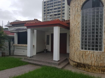 Vendo Casa Espectacular En Altos Del Golf 17-6973**gg**
