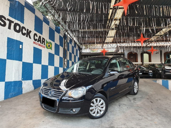 Volkswagen Polo Sedan 1.6 Mi Comfortline 8v Flex 4p Manual