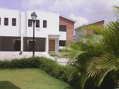 Casa En Alquiler En Ciudad Modelo Dos Niveles