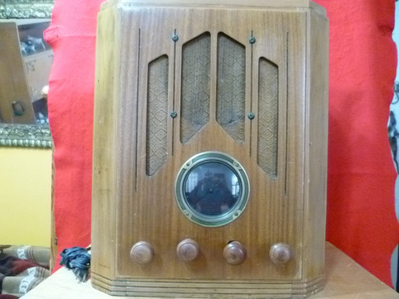 Ant. Radio De Bulbos De Los 30-40s. No Subasta. Precio Fijo.