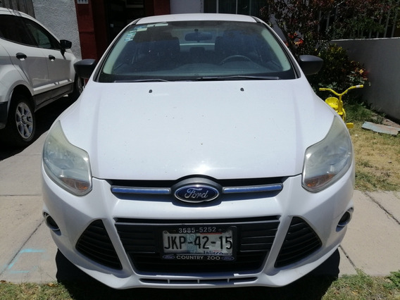 Ford Focus Sel At 2012