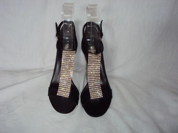Sandalia Para Festa Com Strass Preta Shoesstock Tamanho 37