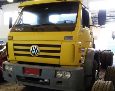 Caminhão Volks 15180 E Worker Truckado No Chassi