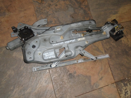 Vendo Regulador Delantero Lh Y Cerradura De Renault Laguna