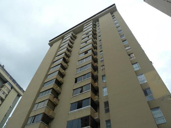 Apartamento En Venta Rent A House Código 19-11028