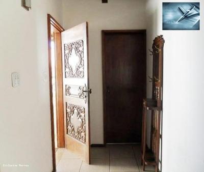 Casa Para Venda Em Bragança Paulista, Centro - 4 Dormitórios -2 Suítes, 4 Dormitórios, 2 Suítes, 5 Banheiros, 2 Vagas - 148