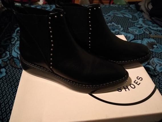 Botas Cortas De Cuero.Marca Oh My God Shoes.