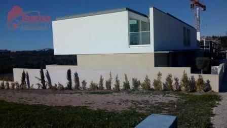 Sobrado Residencial À Venda, Belas, Belas. - So0003