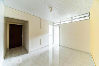 Apartamento No 1º Andar Mobiliado Com 1 Dormitório E 1 Garagem - Id: 892906553 - 206553