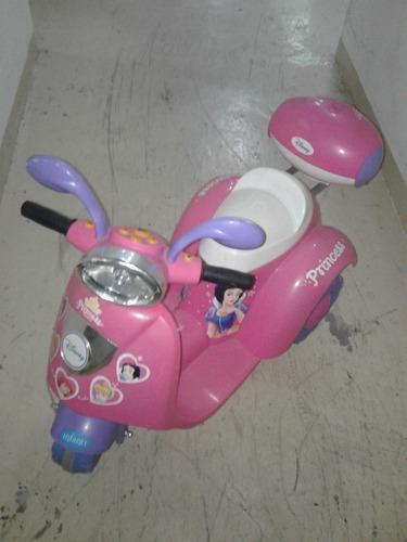 Imagen 1 de 3 de Moto Eléctrica Princesas Disney Para Niñas
