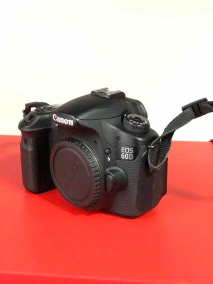 Câmera Canon Eos 60d Com Lente 18-200mm