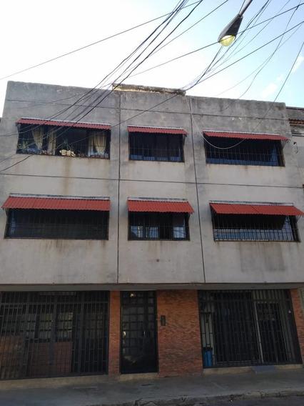 Vendo Apartamento En Centro De La Victoria Aragua